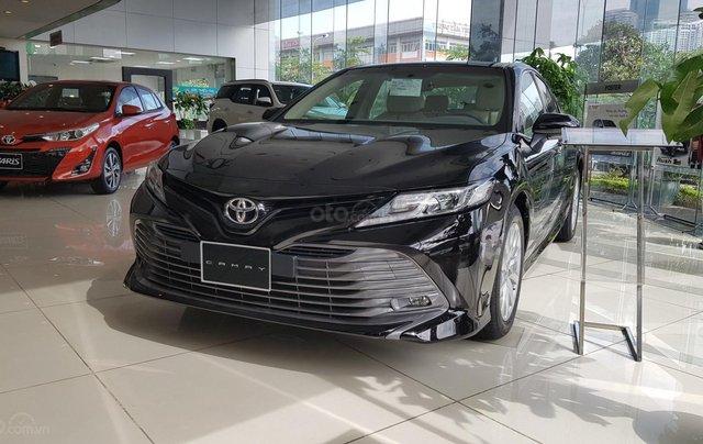 Toyota Camry 2.5Q 2020 mới full option0