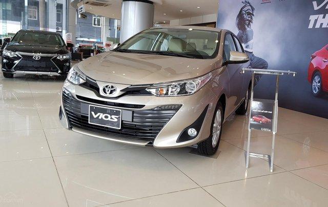Bán xe Toyota Vios 2020, mới full option0