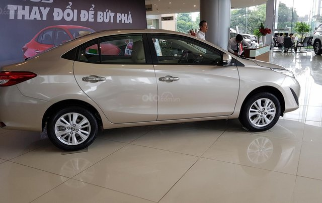 Bán xe Toyota Vios 2020, mới full option3
