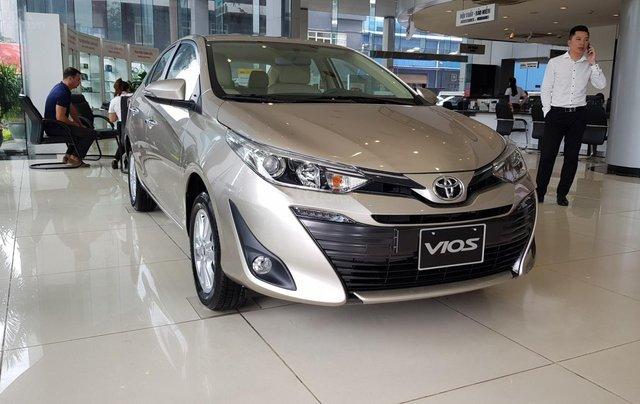 Bán xe Toyota Vios 2020, mới full option4
