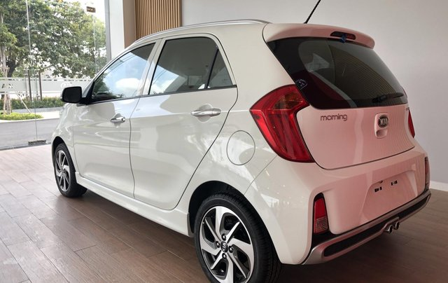 Rao bán xe Kia Morning AT Luxury, màu trắng3