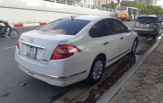 Cần bán xe Nissan Teana sản xuất 2010, màu trắng, nhập khẩu, giá 416tr4