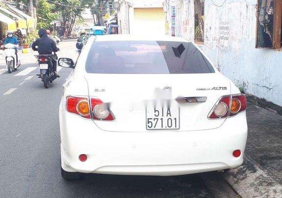 Bán Toyota Corolla Altis sản xuất năm 2010, màu trắng, giá chỉ 348 triệu5