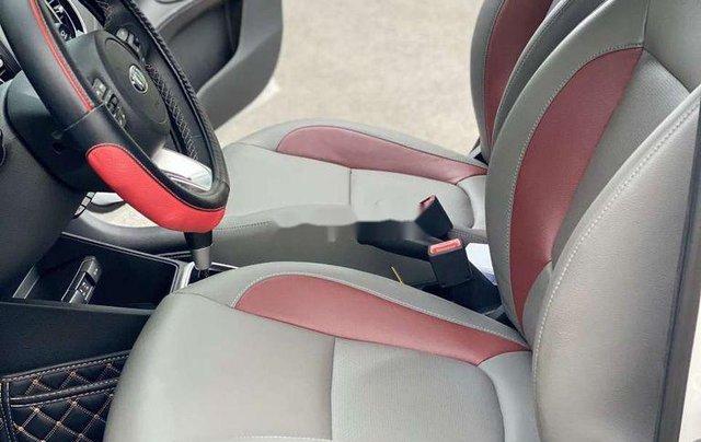 Bán Kia Soluto 2020, màu trắng còn mới, giá chỉ 474 triệu11