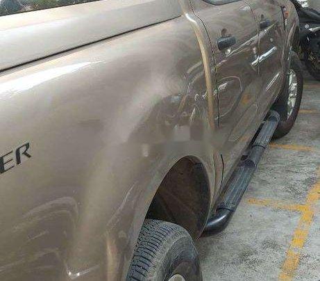 Bán Ford Ranger sản xuất năm 2014, xe nhập, giá chỉ 380 triệu3