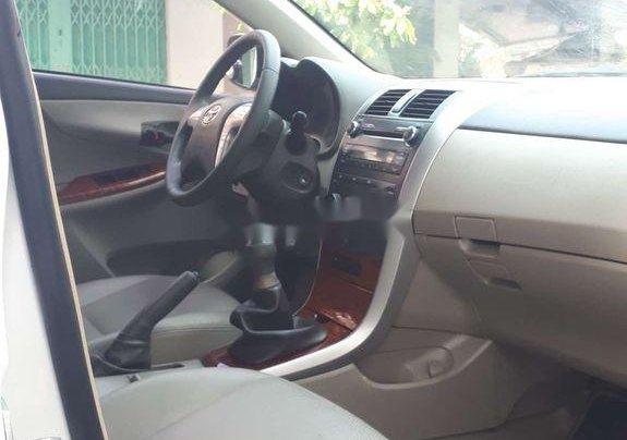 Bán Toyota Corolla Altis sản xuất năm 2010, màu trắng, giá chỉ 348 triệu8