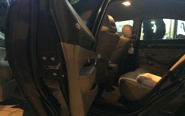Gia đình bán Honda Civic sản xuất 2008, màu đen4