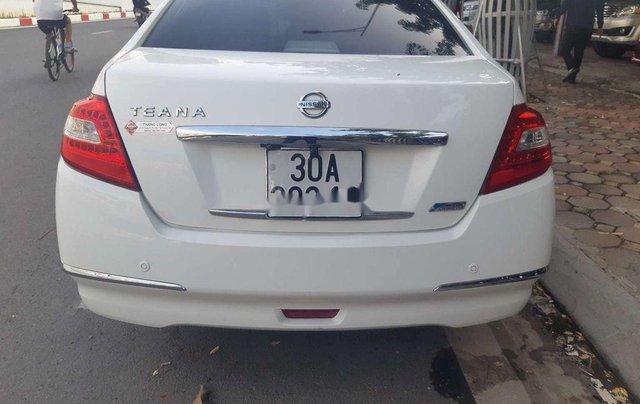 Cần bán xe Nissan Teana sản xuất 2010, màu trắng, nhập khẩu, giá 416tr1