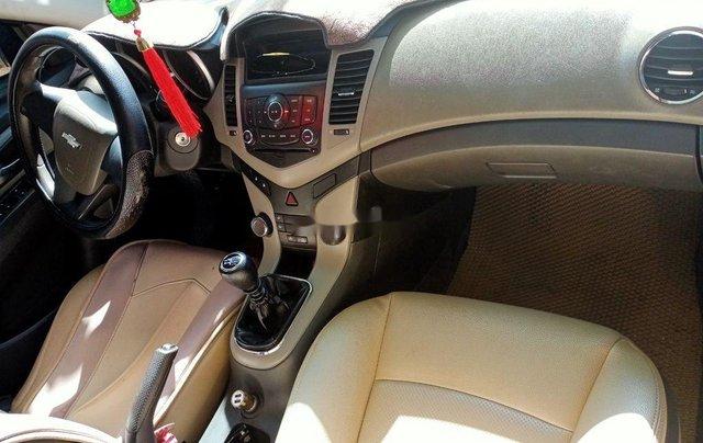 Bán xe Chevrolet Cruze 2010, màu đen xe gia đình, giá 235tr2