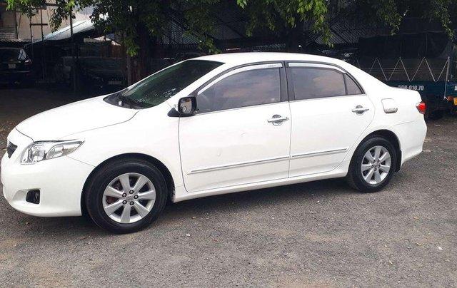 Bán Toyota Corolla Altis sản xuất năm 2010, màu trắng, giá chỉ 348 triệu0