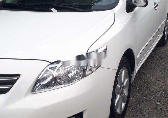 Bán Toyota Corolla Altis sản xuất năm 2010, màu trắng, giá chỉ 348 triệu2
