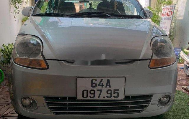 Xe Chevrolet Spark 2010, màu bạc còn mới1