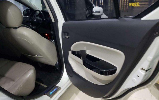 Bán ô tô Mitsubishi Attrage năm 2016, nhập khẩu nguyên chiếc còn mới2