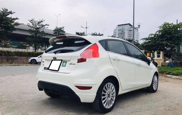 Xe Ford Fiesta sản xuất năm 2016 còn mới3