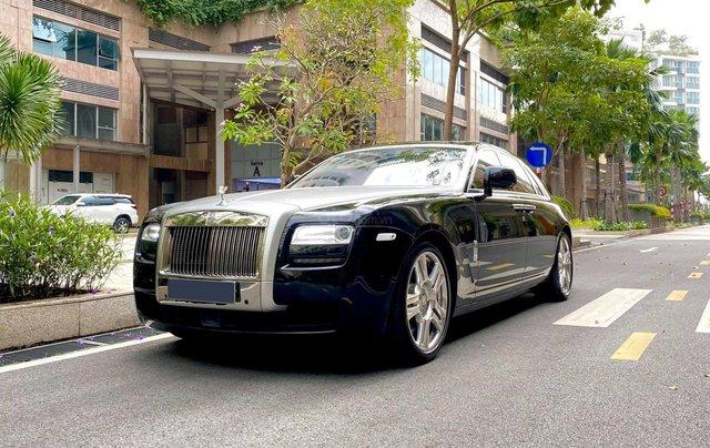 Xe chính chủ bán Rolls-Royce Ghost model 2011 màu đen nội thất kem, lăn bánh hơn 30000 km, nội thất như mới và nguyên bản4