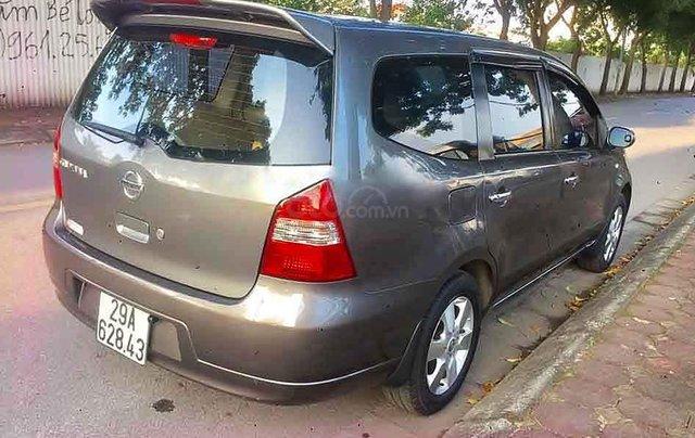 Bán ô tô Nissan Grand livina sản xuất năm 2011, màu xám, xe gia đình3