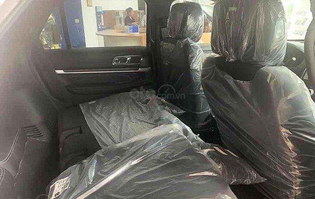 Bán xe Ford Explorer Limited 2.3L EcoBoost năm sản xuất 2020, màu trắng, xe nhập3