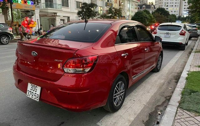 Cần bán xe Kia Soluto Deluxe MT SX 2020, màu đỏ0