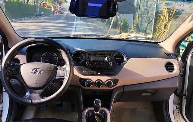 Bán ô tô Hyundai Grand i10 năm sản xuất 2015, màu trắng, nhập khẩu 2