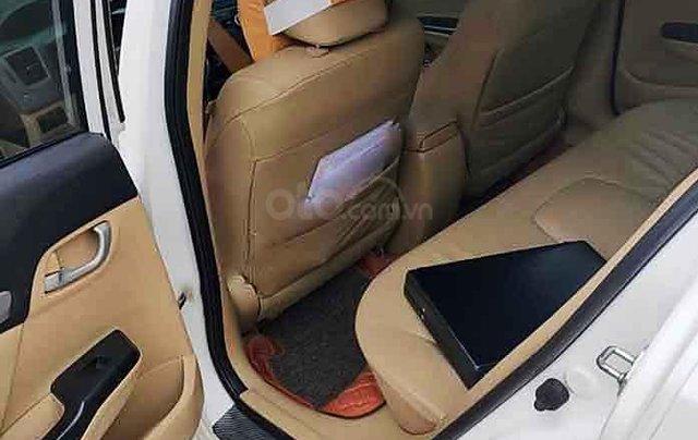 Cần bán Honda Civic sản xuất 2014, màu trắng, nhập khẩu 1