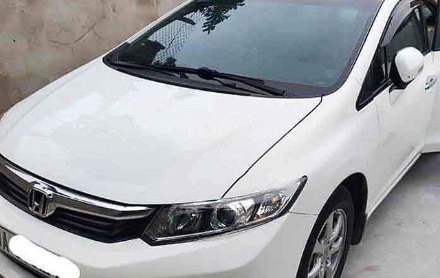 Cần bán Honda Civic sản xuất 2014, màu trắng, nhập khẩu 0
