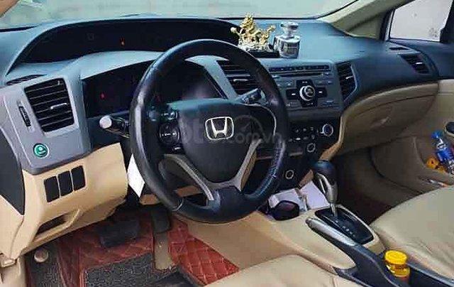 Cần bán Honda Civic sản xuất 2014, màu trắng, nhập khẩu 3