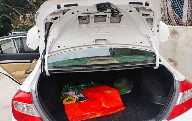 Cần bán Honda Civic sản xuất 2014, màu trắng, nhập khẩu 4