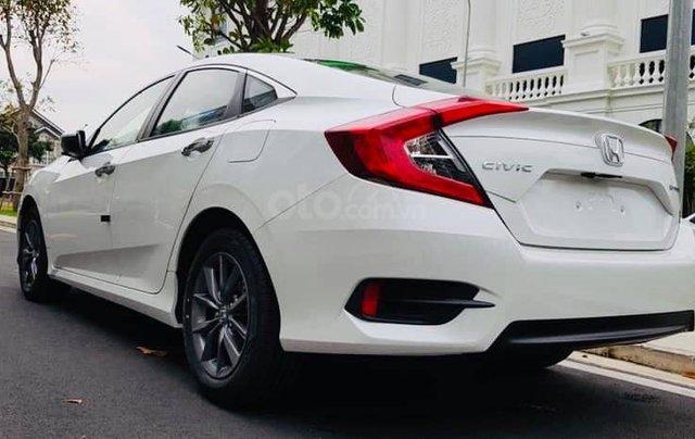 Honda Civic khuyến mãi khủng cuối năm, ưu đãi lên đến 50 triệu đồng cho khách hàng1