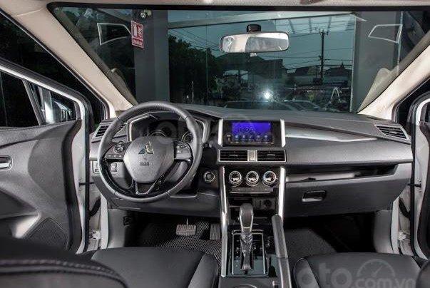 Sở hữu Xpander chỉ từ 110 triệu đồng - tặng 50% thuế trước bạ - khuyến mại bảo hiểm vật chất xe 1 năm 6
