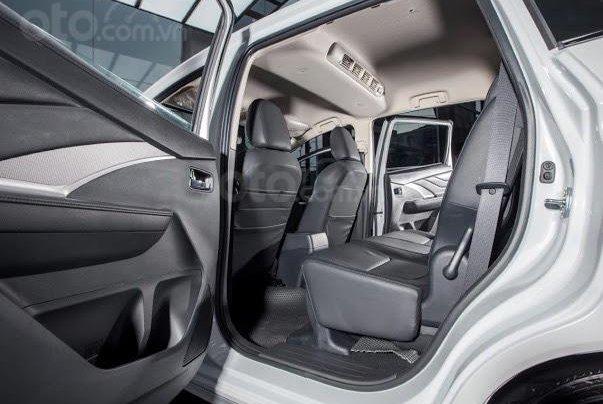 Sở hữu Xpander chỉ từ 110 triệu đồng - tặng 50% thuế trước bạ - khuyến mại bảo hiểm vật chất xe 1 năm 9