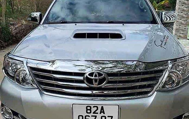 Bán ô tô Toyota Fortuner sản xuất năm 2014, màu bạc, xe gia đình0