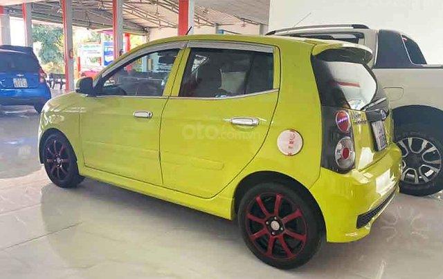 Cần bán Kia Morning năm sản xuất 2011, màu vàng, số tự động 4