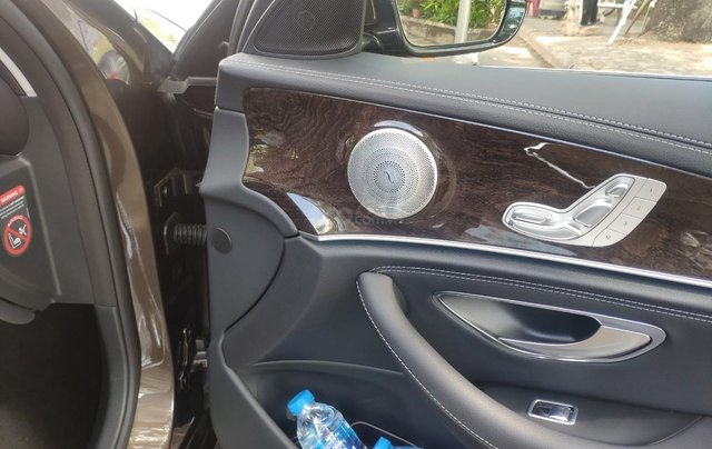 Bán Mercedes E250, đẹp từng chi tiết10