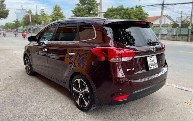 Cần bán xe Kia Rondo 2016, màu đỏ2