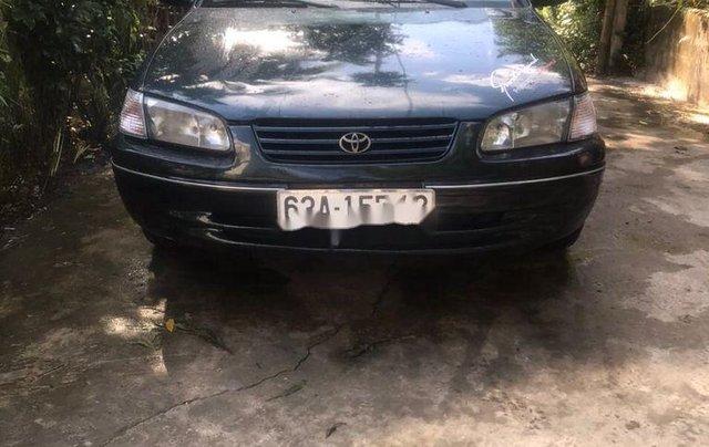 Cần bán gấp Toyota Camry sản xuất năm 2000, nhập khẩu nguyên chiếc còn mới, 185tr0