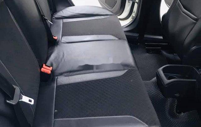 Xe Ford Fiesta sản xuất năm 2016 còn mới2