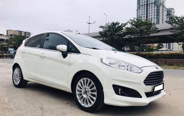 Xe Ford Fiesta sản xuất năm 2016 còn mới0