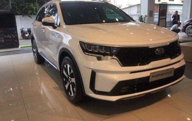 Bán xe Kia Sorento 2020, màu trắng. Giao ngay0