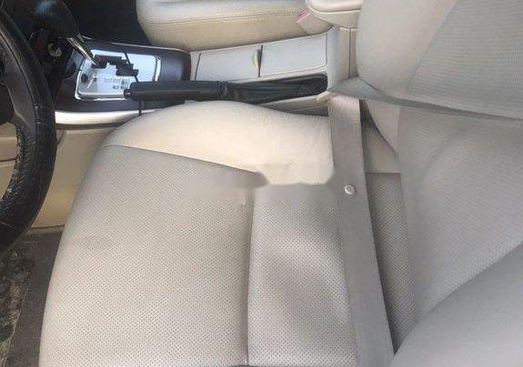 Cần bán lại xe Toyota Corolla Altis năm 2011, giá thấp, động cơ ổn định8