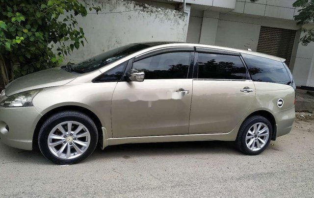 Cần bán lại xe Mitsubishi Grandis năm sản xuất 2007, xe nhập0