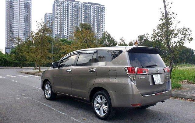 Cần bán Toyota Innova sản xuất năm 2016, giá chỉ 695 triệu3