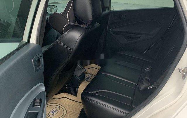 Cần bán Ford Fiesta năm 2012, xe một đời chủ giá thấp10