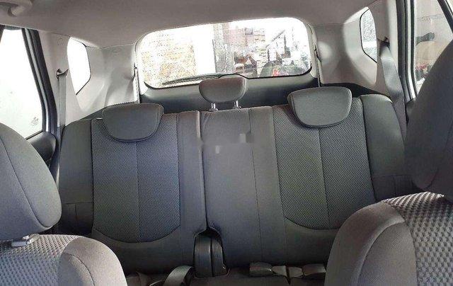 Cần bán lại xe Kia Carens sản xuất năm 2011 còn mới7