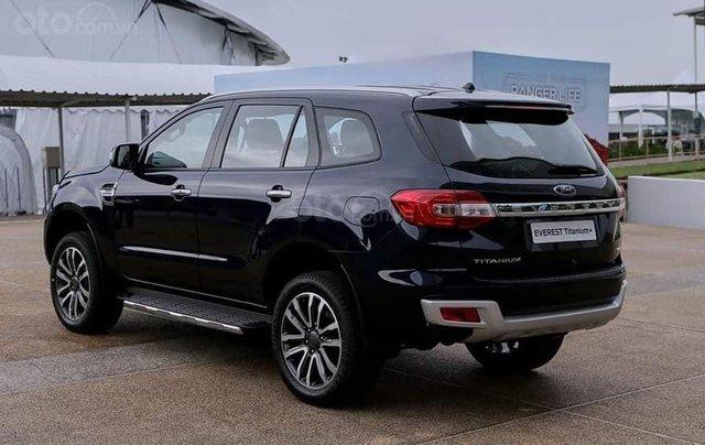Ford Everest Titanium Biturbo New 2021, cập bến1