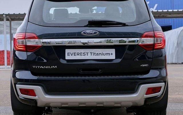 Ford Everest Titanium Biturbo New 2021, cập bến2