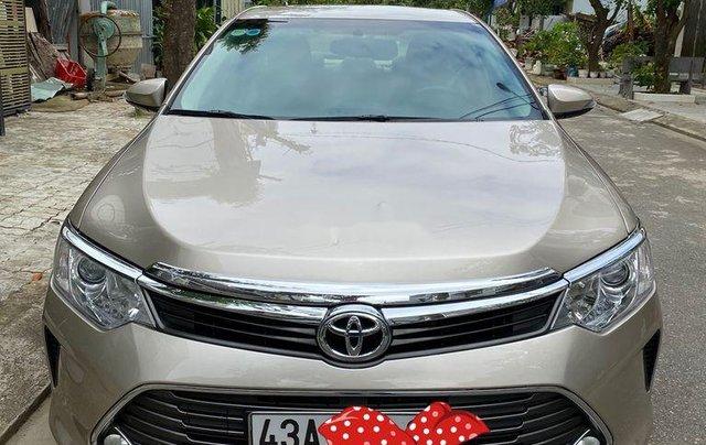 Bán Toyota Camry sản xuất năm 2015 còn mới0