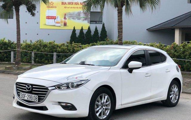 Xe Mazda 3 năm 2017, màu trắng, giá 589tr1