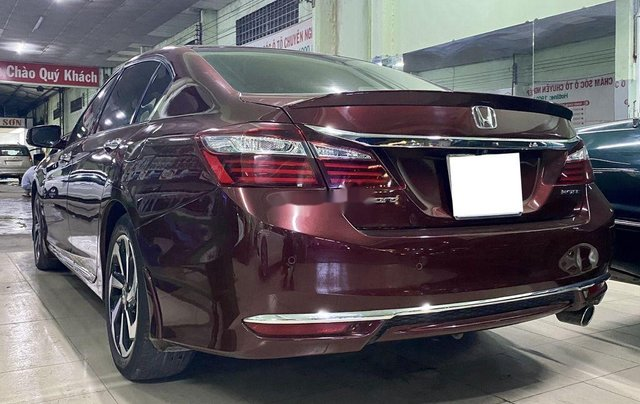 Bán xe Honda Accord năm 2016, nhập khẩu nguyên chiếc còn mới5
