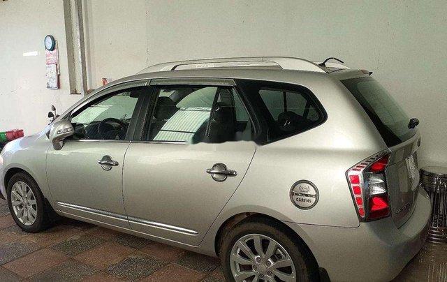 Cần bán lại xe Kia Carens sản xuất năm 2011 còn mới0