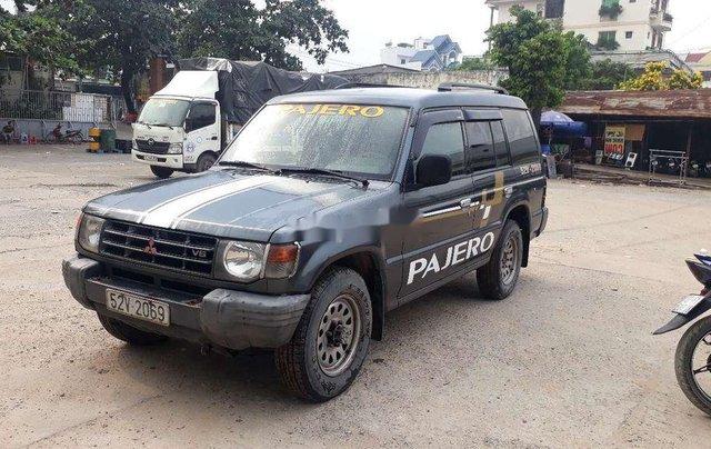 Cần bán gấp Mitsubishi Pajero năm 2002, nhập khẩu0